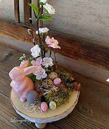 Dekorácie - veľkonočná dekorácia..ružový zajko - 10407045_