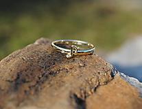 Prstene - Čistý tón ( zlatý prstienok s diamantom) - 10410863_