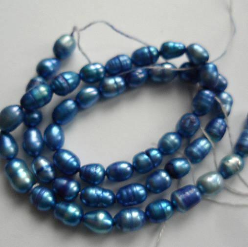 Sladkovodné perly-návlek cca 36cm (5x7mm-modrá)