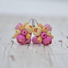 Náušnice - Pastelové kvety II. - zatvárateľné kvietkové náušnice - 10412721_