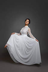 Šaty - Svadobné šaty s dlhými rukávmi a veľkou tylovou sukňou vo vintage štýle - 10412692_