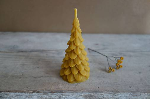 sviečka z včelieho vosku- stromček