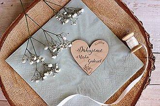 Darčeky pre svadobčanov - Drevená svadobná magnetka - 10411627_