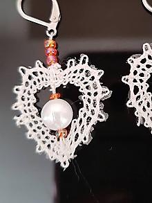 Náušnice - paličkované náušnice biele s oranžovými korálkami - 10411380_
