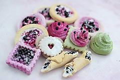 Dekorácie - Sweet Culinarium: Divoké koláčiky s tvarohom - 10415375_