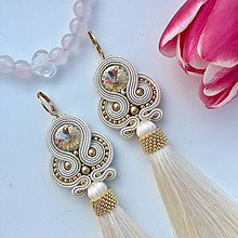 Náušnice - Ručne šité šujtašové náušnice so Swarovski®️crystals / Soutache earrings - Swarovski (Bella) - 10415272_