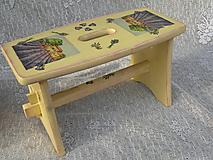 Dřevěná stolička - šamlík - levandule