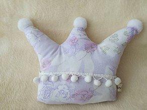 Úžitkový textil - Children's pillow - detský vankúš korunka. - 10416517_