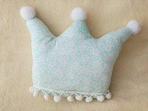 Úžitkový textil - Children's pillow - detský vankúš korunka. - 10416519_