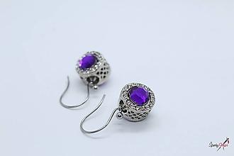 Náušnice - náušnice s kovovými korálkami fialové - 10418482_