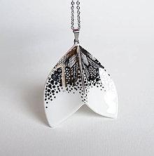 Náhrdelníky - Fin (porcelánový náhrdelník) - 10419405_