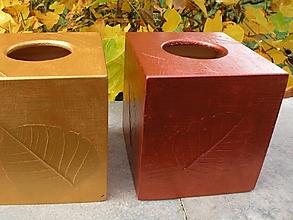 Dekorácie - Originální krabička na kapesníky měděná s listy - 10420730_