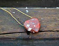 Náhrdelníky - Srdce Jaspis na striebornej retiazke - 10418724_