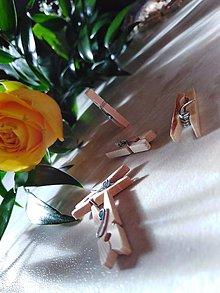 Pierka - drevený štipček ozdobný - 10425926_