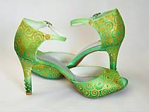 Obuv - Ručne maľovane a zdobené sandálky - 10423580_