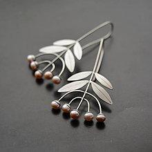 Náušnice - Náušnice lístočky s perlami - 10422094_