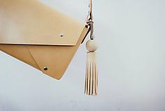 Iné doplnky - Kožený strapec na kabelku - 10423562_
