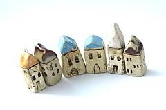 Dekorácie - Domček z dedinky v údolí - 10423267_