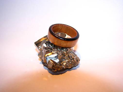 Drevený prsteň 19