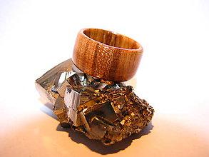Prstene - Drevený prsteň 4 - 10423966_