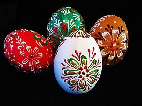 Kresby - Tradičné veľkonočné maľované vajíčka voskovou technikou - 10422242_