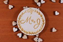 Darčeky pre svadobčanov - Drevená svadobná magnetka ako vyslužka hosťom  155 - 10423443_