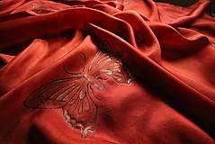 Šatky - Červená šatka s motýlmi - 10429099_