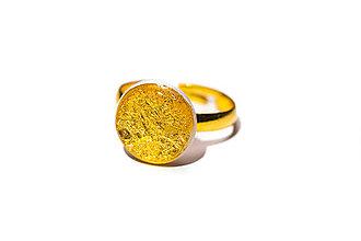 Prstene - Prsteň zlatičko zlato - 10429480_