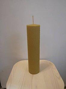 Svietidlá a sviečky - Sviečka zo 100% včelieho vosku - točená - 10427716_
