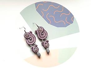 Náušnice - Soutache earring Lilien - Ručne šité šujtášové náušnice - 10432005_