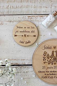 Papiernictvo - Drevené pozvanie k svadobnému stolu 4 - 10431787_