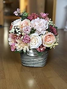 Dekorácie - Kvetinová dekorácia na stol - 10432983_