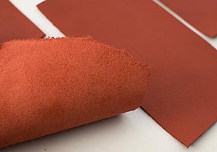 Suroviny - Zbytková koža červená - 10432749_