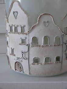 Svietidlá a sviečky - Lampáš - v starých uličkách - 10431126_