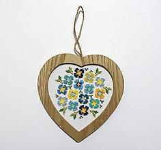 Obrázky - Výšivka Srdce v zelenej - 10436226_
