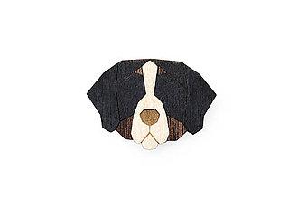 Odznaky/Brošne - Drevená brošňa Bernese Mountain Dog Brooch - 10436467_