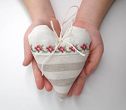 Dekorácie - Romantické srdiečko - 10434917_