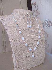 Sady šperkov - Náhrdelník s náušnicami - bielo-strieborná šperková sada - 10437422_