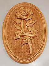 Drevorezba Ruža z lásky