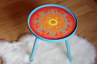 Nábytok - Originálny exotický ručne maľovaný stolík - 10435460_