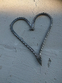 Dekorácie - Závesná ozdoba -Okraj srdca- - 10437214_