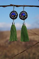 Náušnice - Šatonové so zeleným strapcom - 10437571_