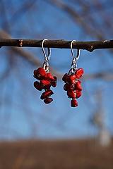 Náušnice - Červené zlomkové - 10437664_