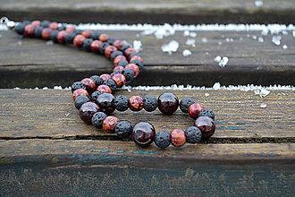 Náhrdelníky - Granát, láva, drevo náhrdelník - 10436042_