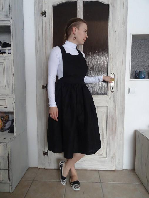 Ľanové šaty na traky