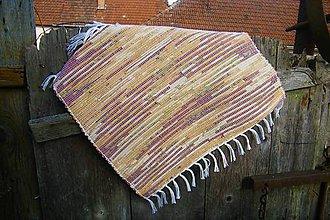 Úžitkový textil - Tkaný koberček na sedačku - 10437199_