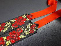 Opasky - Folk opasok kvetinový červeno-čierna kombinácia (Jednostranný s červenou stuhou) - 10440261_