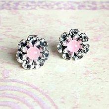 Náušnice - Pink Jade Flower Stud Earrings / Náušnice kvetiny s ružovým jadeitom #1515 - 10441515_
