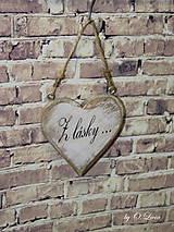 Dekorácie - Shabby srdce do dlane - Z lásky..., buk - 10440120_