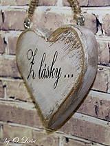 Dekorácie - Shabby srdce do dlane - Z lásky..., buk - 10440123_